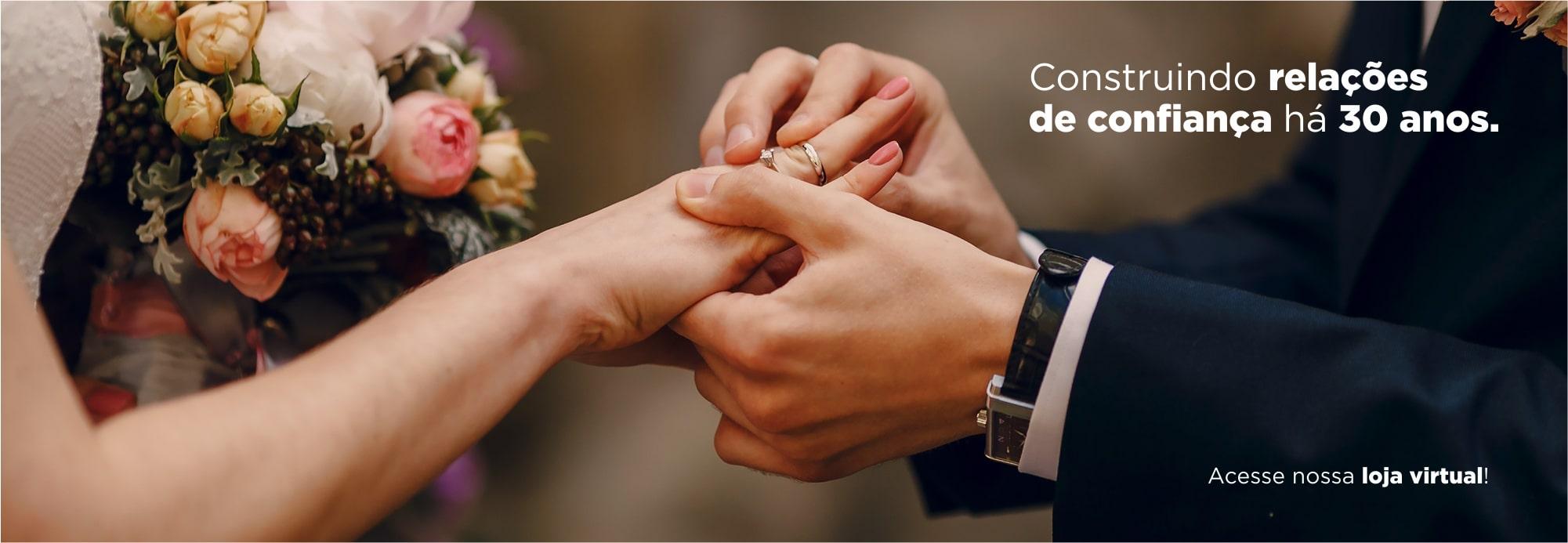 Alianças de Casamento Noivado Compromisso Ouro 18K Aloisi Joalheria